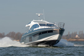 Azimut S6 on test in the Benelux.
